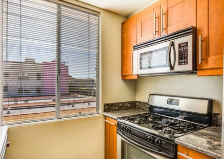 856-Van-Ness-2-Bedroom-Condo-Hollywood-for-Sale-Buy-a-2-bedroom-condo-in-Hollywood-figure-8-realty-41