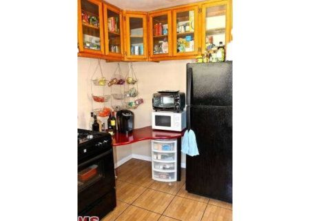 Buyers-Dream-Los-Angeles-Income-Property-for-Sale-in-Echo-Park-Investment-Property-for-Sale-in-Elysian-Heights-6-unit-home-in-elysian-park-buy-sell-or-lease-with-figure-8-realty-LA-6