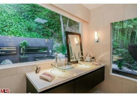 Figure-8-Realty-Home-for-Sale-in-Hollywood-Hills-House-for-Sale-in-Hollywood-Hills-Adina-Drive-90068-for-Sale-14