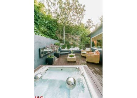 Figure-8-Realty-Home-for-Sale-in-Hollywood-Hills-House-for-Sale-in-Hollywood-Hills-Adina-Drive-90068-for-Sale-20