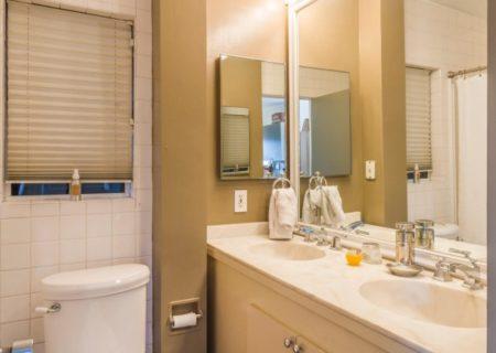 Figure-8-Realty-Los-Feliz-Bungalow-for-Sale-Los-Feliz-Home-for-Sale-House-for-Sale-in-Franklin-Hills-Home-for-Sale-in-Franklin-Hills-Clayton-Ave-90026-12