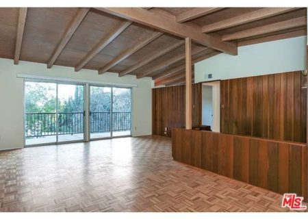 Tranquil-Hillside-House-in-Los-Feliz-for-Sale-Connect-with-a-Los-Angeles-Real-estate-agent-to-buy-a-house-in-Silver-Lake-Hollywood-Hills-Echo-Park-West-Hollywood-Income-Properties-Figure-8-Realty-8