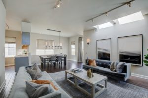 FOR SALE: 633 Flower Ave. #2, Spacious Venice Townhome