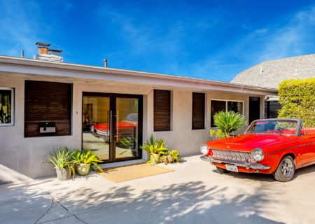 2257-hollyridge-red-car