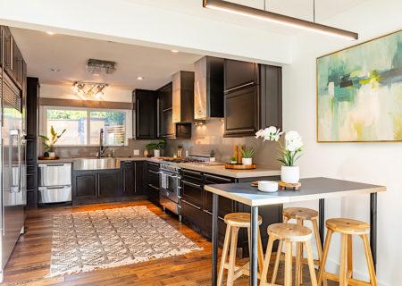 2257-hollyridge-staged-08_kitchen-69213c51