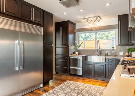 2257-hollyridge-staged-09_kitchen-49192f35