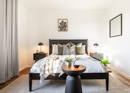 2257-hollyridge-staged-17_bedroom2-4d6c2581